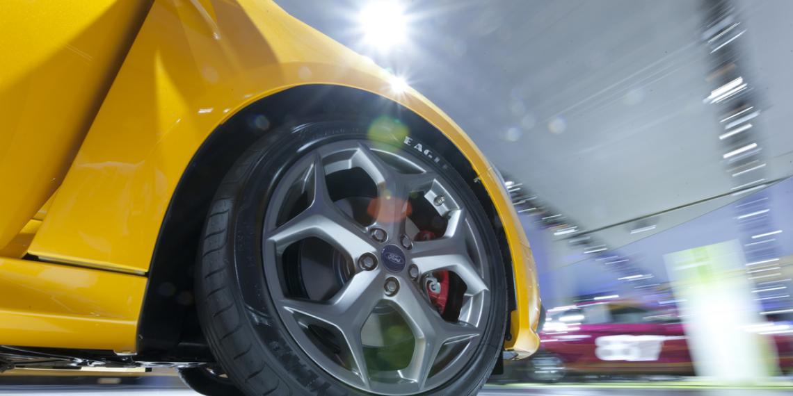 Тест тормозных колодок автомобиля Ford Focus II