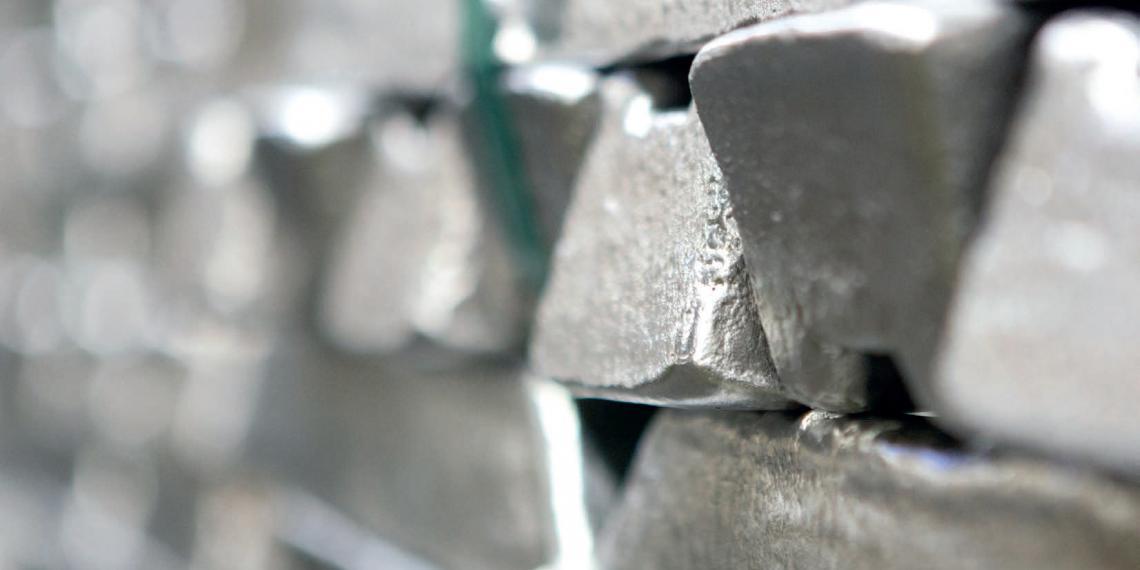 Алюминиевых дел мастера