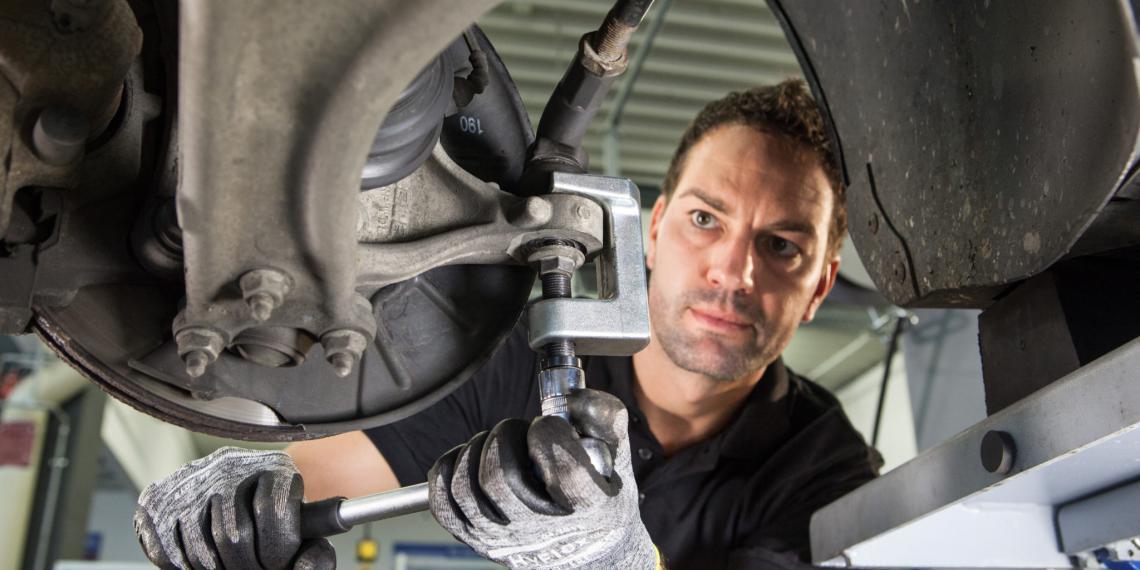Комплекты Lemförder для замены деталей подвески и рулевого управления