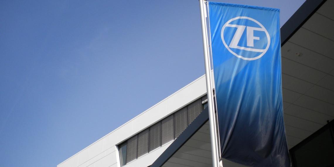 ZF присоединяется к открытой производственной платформе