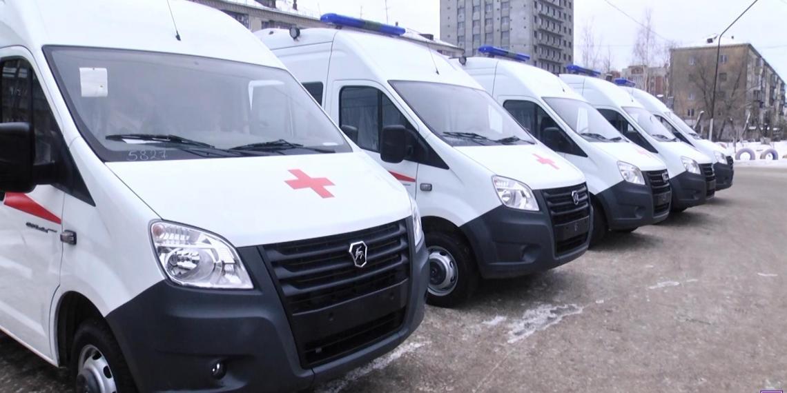 Машины скорой помощи получат бесплатное ТО