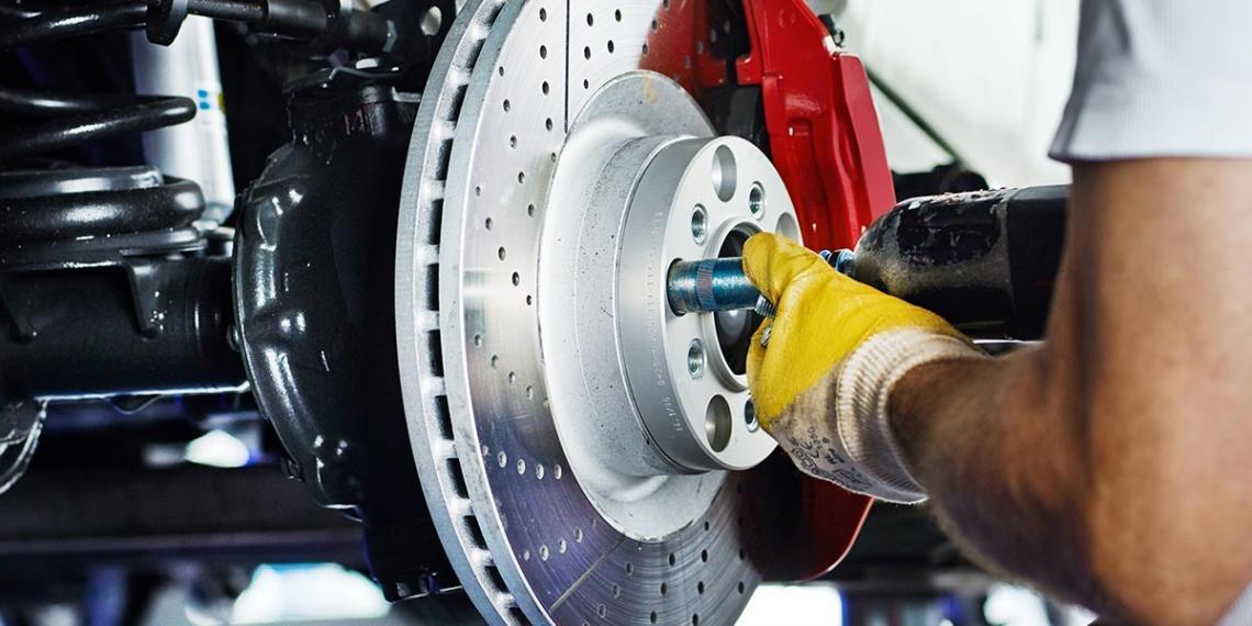 Bosch рассказала как готовить автомобиль к лету
