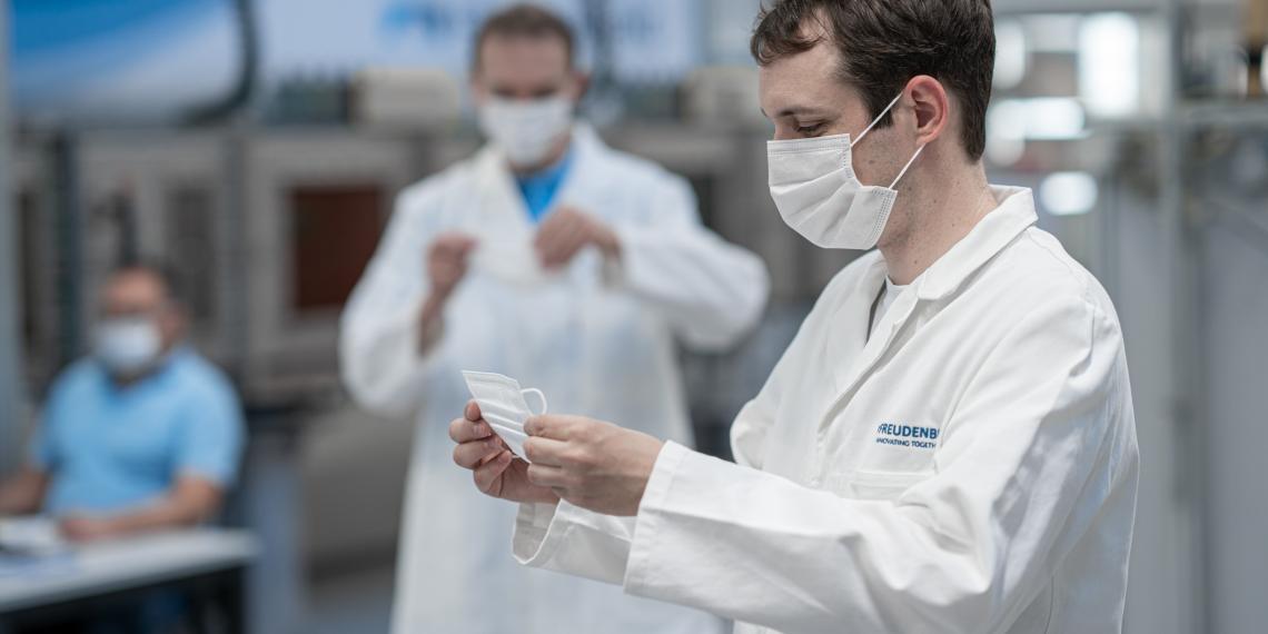 Freudenberg запустила производство защитных масок