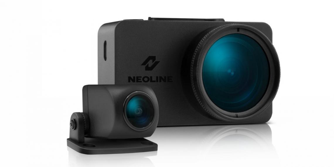Двухкамерный видеорегистратор Neoline