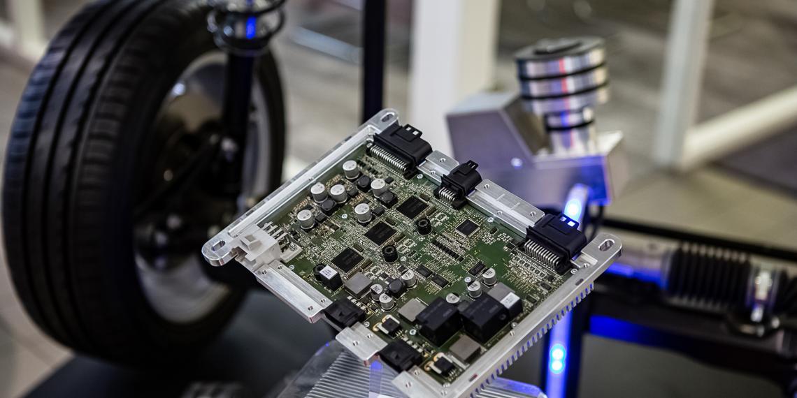 Технология электронного управления на чемпионате DTM