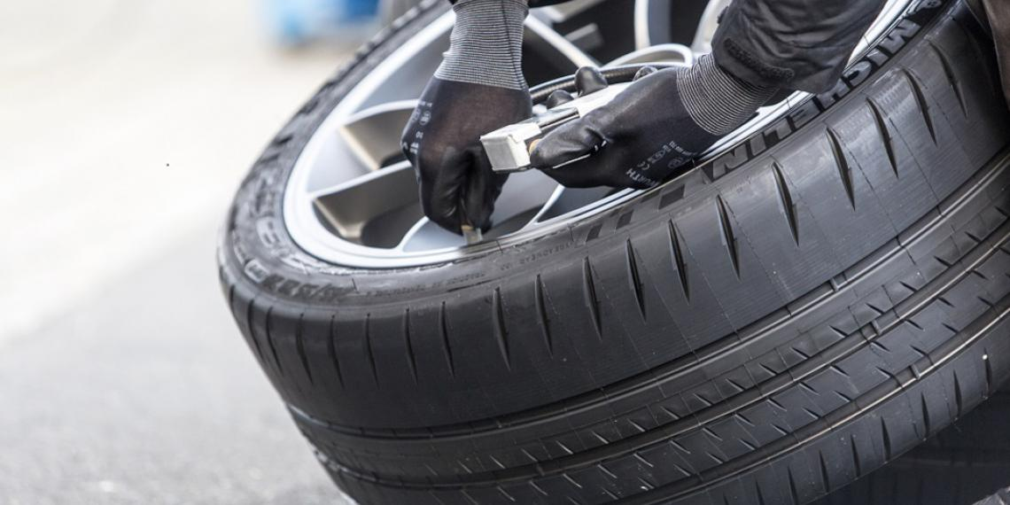 Болид Porsche установил мировой рекорд на шинах MICHELIN