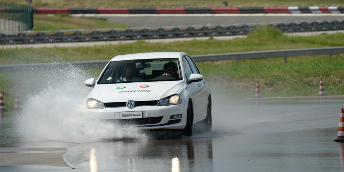 Bridgestone протестировал премиальные шины