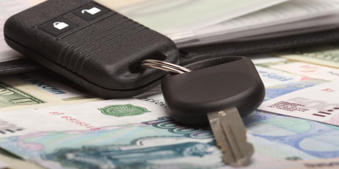 Падение продаж среди автомобилей замедлилось
