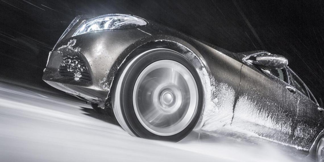 Первая в мире зимняя шина с уровнем сцепления А на мокрой дороге