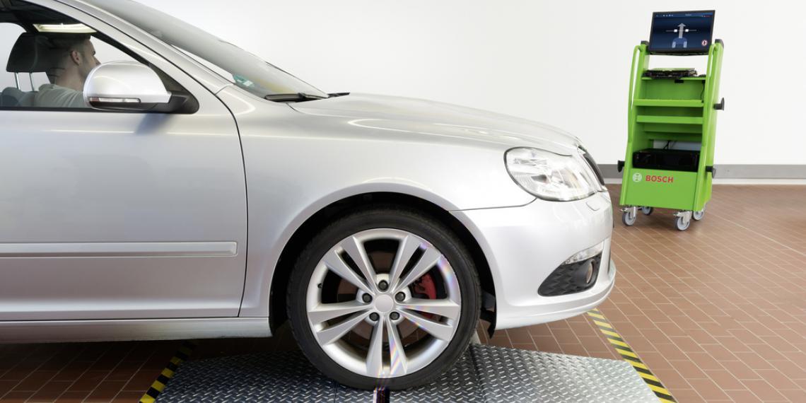 Новинка Bosch позволит определить износ шин без остановки ТС