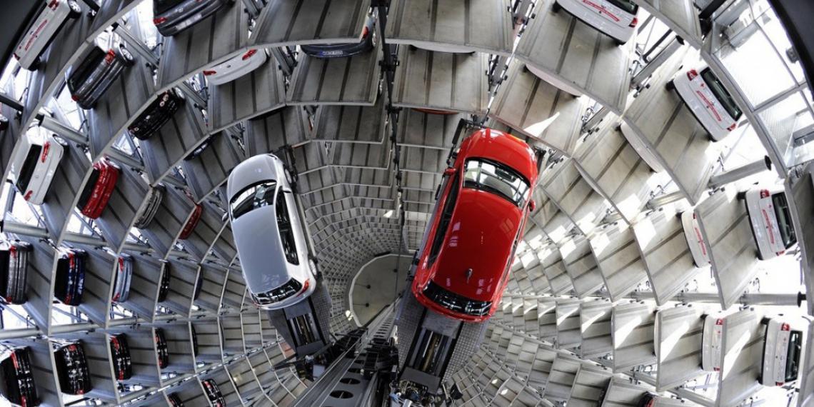 АЕБ заявил о падении продаж на 41,5 %